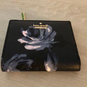 NWOT Kate Spade Midnight Rose Adalyn Wallet